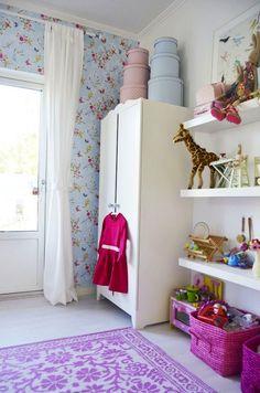 ikea shelves for toys in toddler room Ikea Hack Kids, Ikea Hacks, Ikea Bed Slats, Childrens Room, Ikea Baby, Modular Walls, Little Girl Rooms, Kid Spaces, Kids Decor
