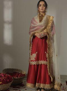 Pakistani Couture, Pakistani Dress Design, Pakistani Outfits, Indian Wedding Outfits, Bridal Outfits, Indian Outfits, Bridal Dresses, Function Dresses, Indian Dresses Online