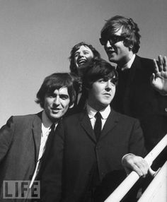 """The Beatles are a famous English band that originated in Liverpool, England. They became """"The Beatles"""" in 1960 and consisted of four very talented and incredibly influential musicians; John Lennon, Paul McCartney, George Harrison, and Ringo Starr. Ringo Starr, George Harrison, Paul Mccartney, John Lennon, Beatles One, Beatles Photos, Beatles Party, Rock Story, Liverpool"""