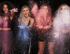 Find images and videos about little mix, perrie edwards and jesy nelson on We Heart It - the app to get lost in what you love. Jesy Nelson, Perrie Edwards, Musica Little Mix, Dvb Dresden, Cool Girl, My Girl, Little Mix Girls, Little Mix Funny, Jade Little Mix