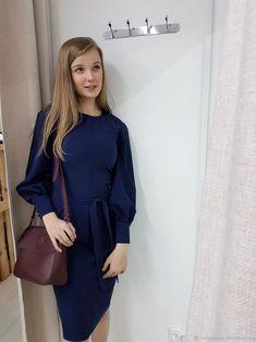 573bc0ef6e4 Темно-синее платье-футляр из итальянской костюмной шерсти 44