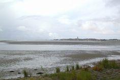 West-Terschelling, zicht op de jachthaven, West en vuurtoren de Brandaris   www.pieterbroertjes.nl