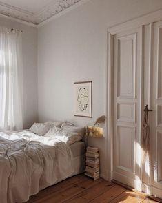 Home Interior Ideas bedroom inspo.Home Interior Ideas bedroom inspo Dream Bedroom, Home Bedroom, Bedroom Decor, Decor Room, Wooden Bedroom, Art Deco Interior Bedroom, Bedroom Closet Doors, Bedroom Artwork, Light Bedroom