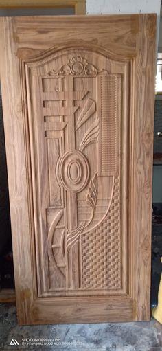 Carvingd door disien – Home Decor Door Gate Design, Doors Interior, Wood Doors Interior, Door Glass Design, Pooja Room Door Design, Door Design Wood