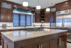 Rue des Jonquilles – Louis L'artisan Inc. Kitchen Cabinet Design, Modern Kitchen Design, Kitchen Cabinets, Interior Exterior, Interior Design, Cocinas Kitchen, Home Remodeling, Home Improvement, Kitchens