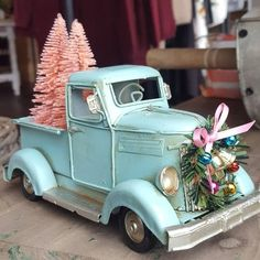 100 Shabby Chic Christmas Decors That Celebrates Your Love for All Things Vintage & Pastel Here are the best Shabby Chic Christmas Decor ideas that'll give your room a romatic touch. From Pink Christmas Tree to Shabby Chic Christmas Ornaments etc Pink Christmas Tree, Christmas Truck, Retro Christmas, Rustic Christmas, Christmas Wreaths, Christmas Crafts, Xmas, Turquoise Christmas, Unique Christmas Trees
