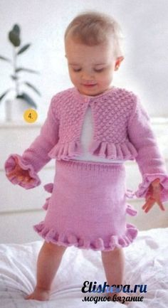 Розовый костюмчик для маленькой барби вязаный спицами