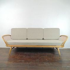 Details about Vintage Retro Mid Century Ercol Beech and Elm Lounge Armchair    Retro  Armchairs and LoungesDetails about Vintage Retro Mid Century Ercol Beech and Elm Lounge  . Ercol Easy Chairs For Sale. Home Design Ideas