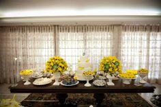 casamento azul e amarelo publicado no blog de casamento Colher de Chá Noivas