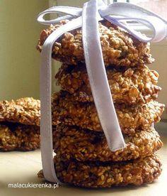 Oatmeal cookies with sesame seeds Krispie Treats, Rice Krispies, Oatmeal Cookies, Almond, Seeds, Cooking, Food, Oatmeal Raisin Cookies, Kitchen