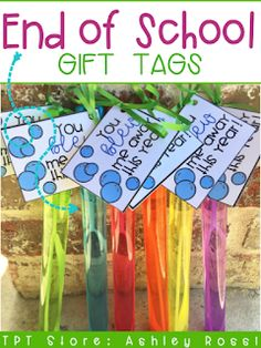 Fun gift tags for BUBBLES! Use as a great end of the year student gift - get cheap bubbles at Walmart! End Of School Year, School Fun, School Ideas, School Stuff, Middle School, High School, Student Teacher Gifts, Teacher Appreciation Gifts, Teacher Tips
