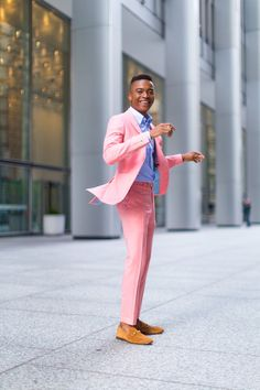 men's suits near me Pink Prom Suit, Pink Suit Men, Estilo Casual Chic, Casual Chic Style, Mens Fashion Suits, Mens Suits, Men's Fashion, Pink Fashion, Fashion Online
