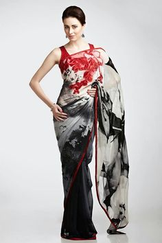 India is a country of colors and traditions. In spring summer season the pace of celebrations goes slightly up. In India people likes . Chiffon Saree, Saree Dress, Georgette Sarees, Cotton Saree, Indian Attire, Indian Wear, Indian Dresses, Indian Outfits, Satya Paul Sarees