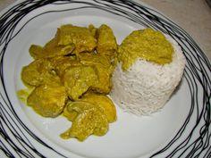 Κοτόπουλο με σάλτσα καρυ και ρυζι(4 μονάδες)