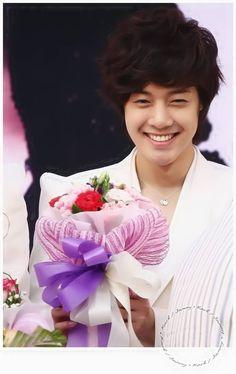 Kim Hyun Joong 김현중 ♡ grin ♡ happy ♡ smile ♡ Kpop ♡ Kdrama ♡
