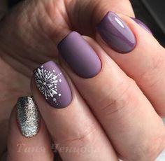Cute Nail Art Designs, New Nail Designs, Chloe Nails, Nail Mania, Beige Nails, Silver Glitter Nails, Funky Nails, Dipped Nails, Stylish Nails