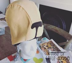 """""""She had managed to procure a hat shaped like a life-sized lion's head, which was perched precariously on her head."""" See post 1 with the . Harry Potter Christmas, Harry Potter Birthday, Ropa Burning Man, Lion Hat, Magic Hat, Christmas Clearance, Black Acrylics, Gold Embroidery, Luna Lovegood"""