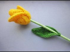 Feeling all Spring like today as I show you how to make some Daffodils. I love…