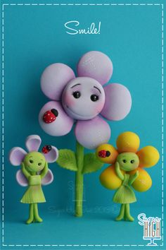 Smile! Fondant flower friends!