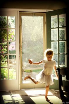 Natural window light child photography by Me Ra Koh