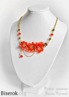 Flower necklace of beads masterclass