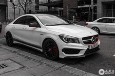3 i Mercedes-Benz CLA 45 AMG Edition 1 C117 3