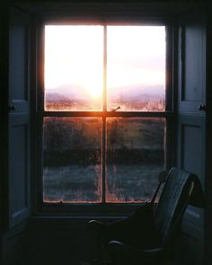 Sunlight through the window Bonheur Simple, Natural Light Photography, Window View, Windows, Through The Window, To Infinity And Beyond, Architecture, Belle Photo, Art Photography