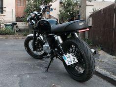 Mash black seven 125 custom brat cafe racer zesey