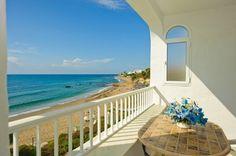 Front-line beach apartment for sale in Riviera del Sol, Malaga, Spain.