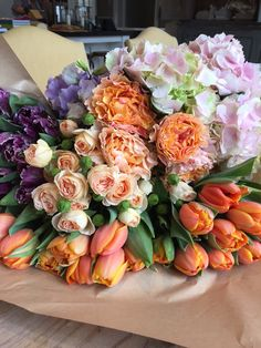 Adorable and Cheap Easy DIY Tulip Arrangement ideas no 46 My Flower, Fresh Flowers, Flower Power, Beautiful Flowers, Cactus Flower, Exotic Flowers, Purple Flowers, Tulpen Arrangements, Floral Arrangements