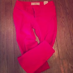 Hollister Hot Pink Corduroy Pants I wore these twice.They don't fit anymore.No stains or rips.Smoke free home.They're in great condition! Hollister Pants Skinny
