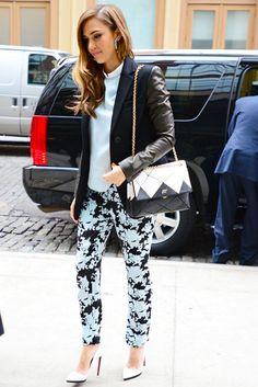 EstiloDF » ¡Adoramos la obsesión de Jessica Alba por los bolsos!