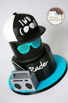 Two Cool BIrthday Dogs And Puppies, Cool Stuff, Birthday, Hats, Snails, Instagram, Texas, Musica, Birthdays