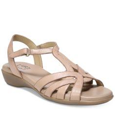 e6d0704ab1da Clarks Collection Women s Leisa Skip Sandals