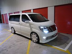 The World's Best Photos of elgrand Nissan Elgrand, Samsung, Camper Conversion, World Best Photos, Campervan, Hot Rods, Vehicles, Mini, Awesome