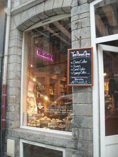 Elizabeth's, for scones, carrot cakes & high tea, 71, rue basse, vieux lille