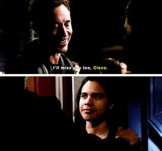 Wells and Cisco in the Flash season 2 finale. this scene was so sad. :'( Wells was my favorite character, he had better come back next season, just you know, after Barry fixes everything. <_<
