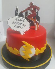 Tortas con diseño Fondant cumpleaños Flash 11th Birthday, Birthday Bash, Birthday Parties, Happy Birthday, Bolo Flash, Flash Cake, Superhero Theme Party, Party Themes, Justice League Party