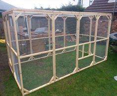 The Walk In Rabbit Run we manufacture are made from quality timber that is planed all around. These Walk In Rabbit Run are designed for you to screw together yourself.