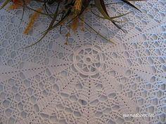 Magia do Crochet: Toalha em crochet para mesa redonda - No Pattern