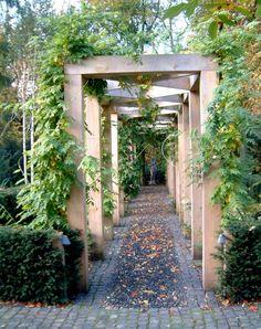95 Fantastic Side Yard Garden Pathway Landscaping Ideas – Famous Last Words Wooden Pergola, Backyard Pergola, Pergola Kits, Cheap Pergola, Building A Pergola, Building Plans, Garden Structures, Front Yard Landscaping, Landscaping Ideas