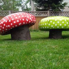 Heather Hicks shares how to create these cute DIY toadstools for the garden using tyres and and tree trunks. These are perfect for little… (Diy Garden Storage) Kids Outdoor Play, Outdoor Play Areas, Outdoor Playground, Cool Diy Projects, Garden Projects, Outdoor Projects, Garden Ideas, Craft Projects, Tyres Recycle
