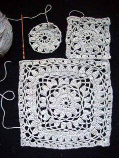 Poncho Crochet Estimadas amigas, encontramos este poncho a crochet que es verdaderamente hermoso y queremos compartirlo con ustedes, nues. Point Granny Au Crochet, Poncho Au Crochet, Beau Crochet, Granny Square Crochet Pattern, Crochet Squares, Crochet Lace, Crochet Diagram, Granny Squares, Crochet Motifs