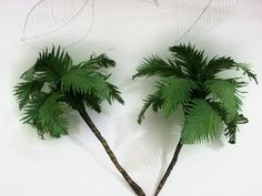 Vídeo Fake Trees, Potted Trees, Crepe Paper Crafts, Diy Paper, Silk Flowers, Paper Flowers, Christmas Crib Ideas, Paper Palm Tree, How To Make Trees