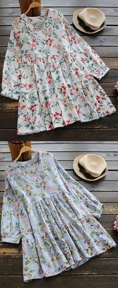 46% OFF! US$29.99 Plus Size Women Floral Printed V-neck Long Sleeve Blouses. SHOP Now!