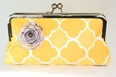 We'd be buzzing if someone got us this cute little clutch