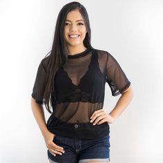 b17316449 Blusa feminina transparente preta. Como usar a blusa de telinha  transparente   Conheça as dicas