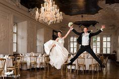 Hochzeit Salzburg Alte Residenz Sprung