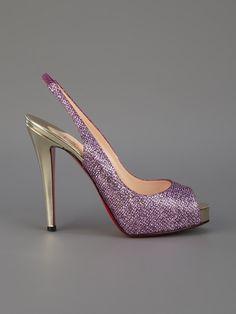 CHRISTIAN LOUBOUTIN - Sapato roxo. 7