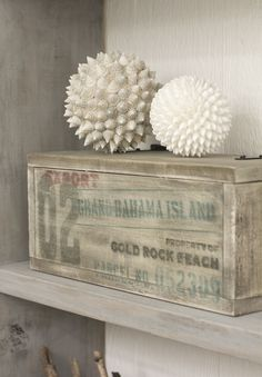 DIY personalized shipping box